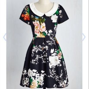 Peter Pan Floral Dress